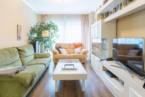 Apartment for sale in Madrid, Spain, 3 bedrooms, 121.00m2, No. 2521 – photo 4