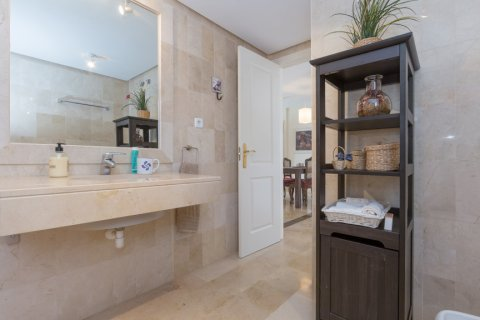 Penthouse for sale in Atalaya-Isdabe, Malaga, Spain, 2 bedrooms, 130.00m2, No. 1903 – photo 10