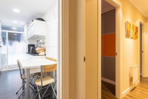 Apartment for sale in Madrid, Spain, 3 bedrooms, 121.00m2, No. 2521 – photo 25