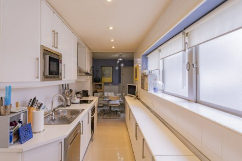 Apartment for sale in Madrid, Spain, 3 bedrooms, 227.00m2, No. 1943 – photo 3