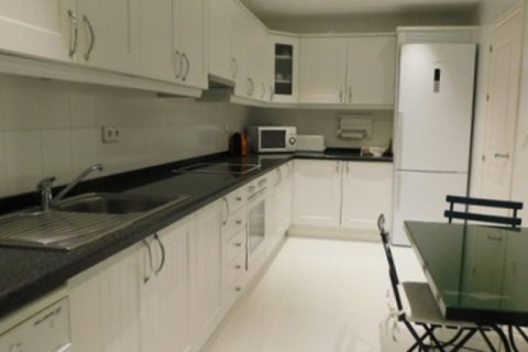 Apartment for rent in Marbella, Malaga, Spain, 3 bedrooms, 220.00m2, No. 1667 – photo 12