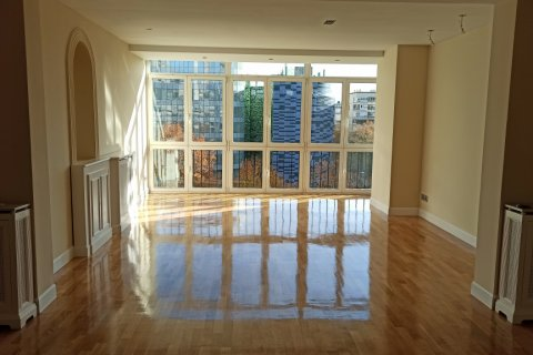 Apartment for rent in Madrid, Spain, 5 bedrooms, 275.00m2, No. 1988 – photo 15
