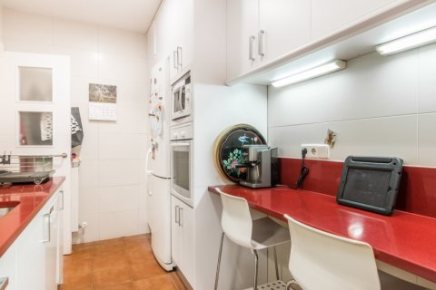 Apartment for sale in Madrid, Spain, 2 bedrooms, 68.00m2, No. 2384 – photo 6