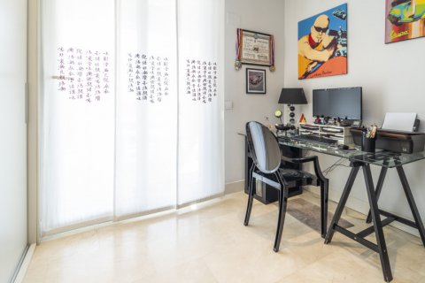 Penthouse for sale in Madrid, Spain, 3 bedrooms, 183.00m2, No. 2215 – photo 8