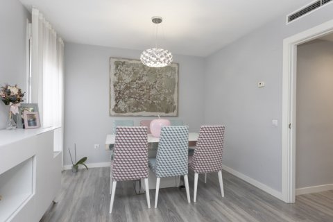 Apartment for sale in Parla, Madrid, Spain, 3 bedrooms, 133.00m2, No. 2615 – photo 12