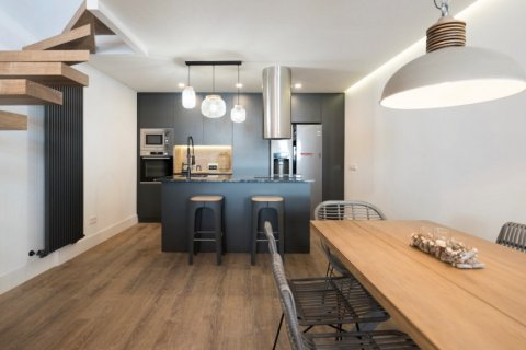 Duplex for sale in Madrid, Spain, 2 bedrooms, 134.00m2, No. 2107 – photo 5
