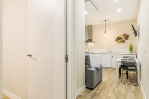 Apartment for sale in Madrid, Spain, 2 bedrooms, 183.00m2, No. 2417 – photo 13