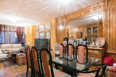 Apartment for sale in Madrid, Spain, 4 bedrooms, 140.00m2, No. 1787 – photo 3