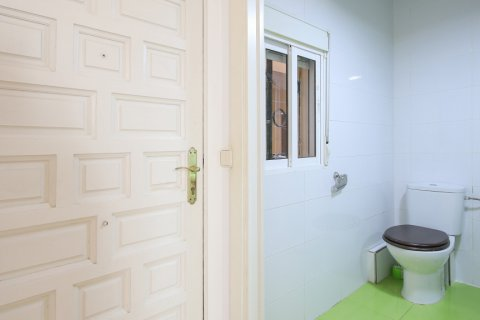 Apartment for sale in Madrid, Spain, 1 bedroom, 40.00m2, No. 2734 – photo 15