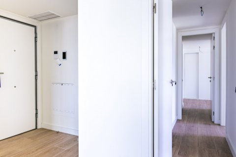 Apartment for sale in Madrid, Spain, 3 bedrooms, 168.00m2, No. 2464 – photo 23