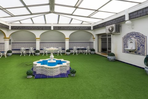 Duplex for sale in Madrid, Spain, 5 bedrooms, 514.00m2, No. 1493 – photo 30