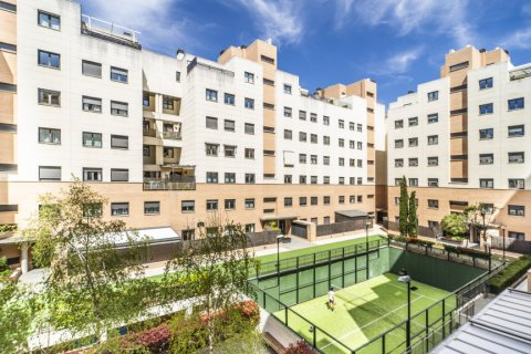 Apartment for sale in Madrid, Spain, 3 bedrooms, 132.00m2, No. 1694 – photo 28