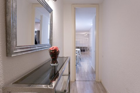 Apartment for sale in Madrid, Spain, 1 bedroom, 47.00m2, No. 2337 – photo 16