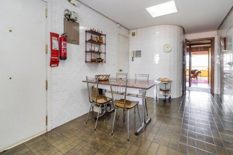 Apartment for sale in Madrid, Spain, 6 bedrooms, 414.00m2, No. 2470 – photo 20