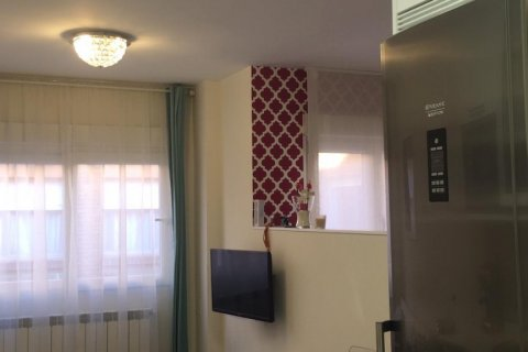 Apartment for rent in Madrid, Spain, 1 bedroom, 35.00m2, No. 2004 – photo 7