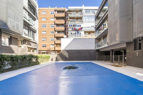 Apartment for sale in Madrid, Spain, 3 bedrooms, 177.00m2, No. 2163 – photo 16
