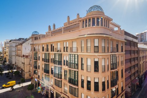 Duplex for sale in Malaga, Spain, 2 bedrooms, 135.00m2, No. 2715 – photo 1