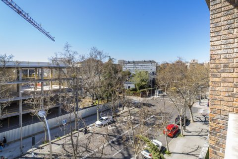 Apartment for sale in Madrid, Spain, 6 bedrooms, 414.00m2, No. 2470 – photo 17