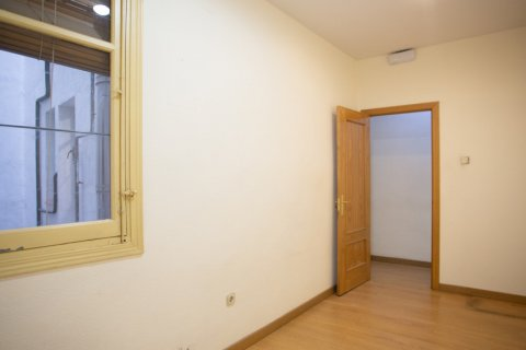 Apartment for sale in Madrid, Spain, 3 bedrooms, 120.00m2, No. 2439 – photo 16
