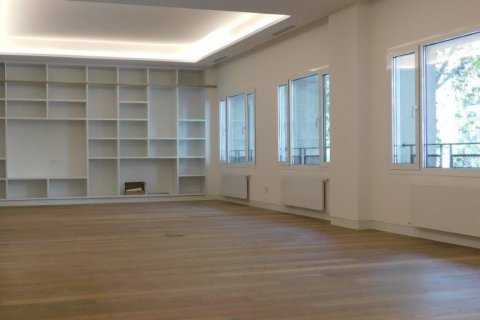Apartment for rent in Madrid, Spain, 3 bedrooms, 300.00m2, No. 1576 – photo 3