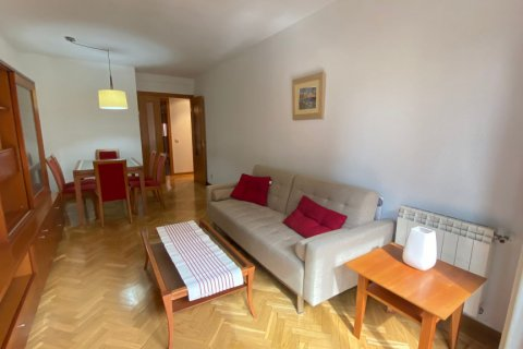 Apartment for rent in Madrid, Spain, 2 bedrooms, 72.00m2, No. 1685 – photo 2