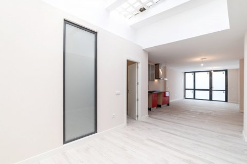Apartment for sale in Madrid, Spain, 60.00m2, No. 1881 – photo 6