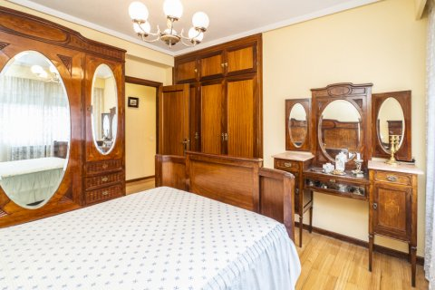 Apartment for sale in Madrid, Spain, 4 bedrooms, 152.00m2, No. 2316 – photo 16