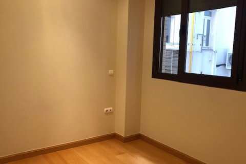 Apartment for rent in Madrid, Spain, 1 bedroom, 66.00m2, No. 2613 – photo 5