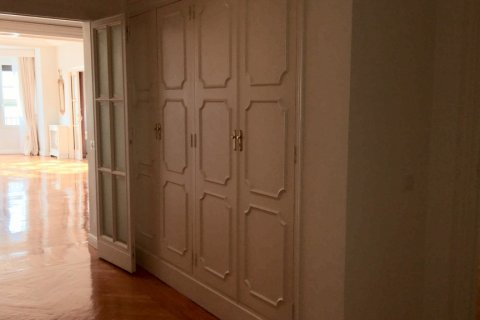 Apartment for rent in Madrid, Spain, 7 bedrooms, 150.00m2, No. 1624 – photo 11