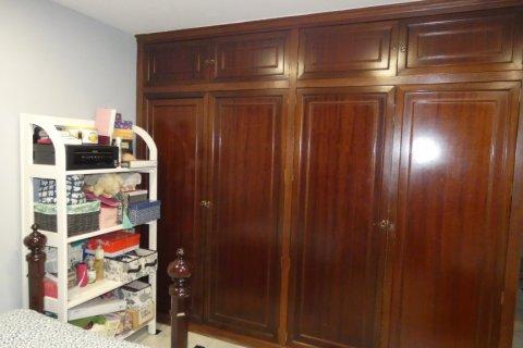 Duplex for sale in Cadiz, Spain, 3 bedrooms, 187.00m2, No. 1611 – photo 23