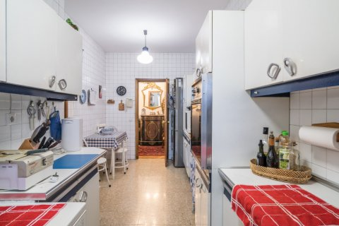 Apartment for sale in Madrid, Spain, 6 bedrooms, 291.00m2, No. 2275 – photo 17