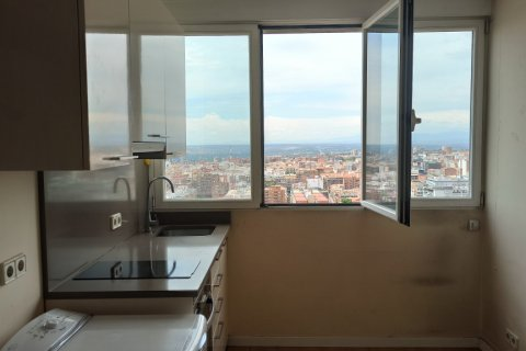 Apartment for rent in Madrid, Spain, 1 bedroom, 52.00m2, No. 2135 – photo 9
