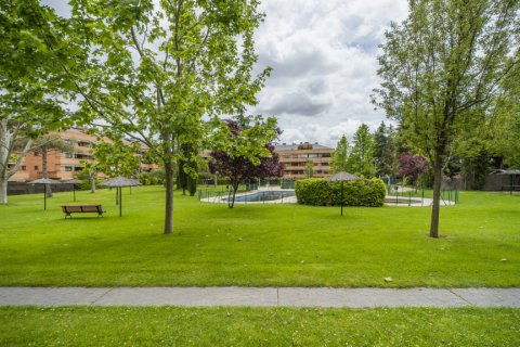 Apartment for sale in Alcobendas, Madrid, Spain, 4 bedrooms, 160.00m2, No. 1964 – photo 13