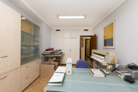 Apartment for sale in Madrid, Spain, 4 bedrooms, 206.00m2, No. 2284 – photo 17
