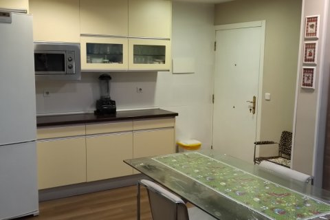 Apartment for rent in Madrid, Spain, 3 bedrooms, 170.00m2, No. 2047 – photo 4