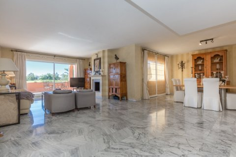 Penthouse for sale in Atalaya-Isdabe, Malaga, Spain, 3 bedrooms, 271.15m2, No. 1723 – photo 3