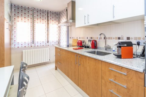 Apartment for sale in Madrid, Spain, 4 bedrooms, 122.51m2, No. 2192 – photo 8