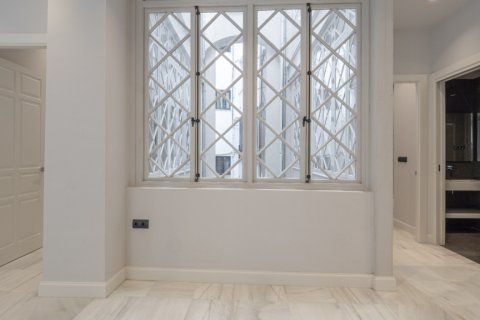 Apartment for sale in Malaga, Spain, 3 bedrooms, 113.00m2, No. 2236 – photo 13