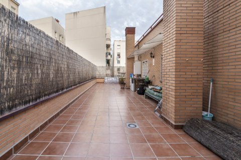 Penthouse for sale in Madrid, Spain, 2 bedrooms, 91.00m2, No. 2113 – photo 4
