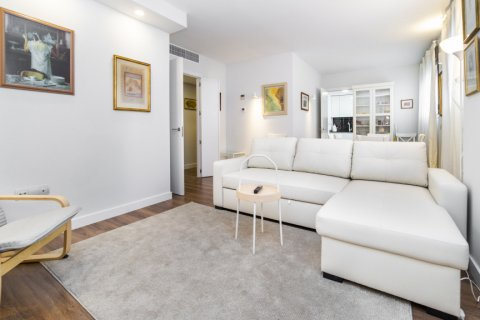 Apartment for sale in Madrid, Spain, 3 bedrooms, 150.00m2, No. 2538 – photo 4