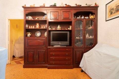 Apartment for sale in Madrid, Spain, 6 bedrooms, 219.00m2, No. 2357 – photo 6