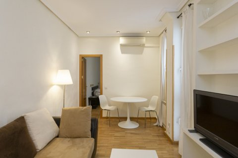 Apartment for sale in Madrid, Spain, 1 bedroom, 45.00m2, No. 2496 – photo 7