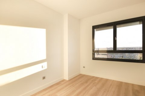 Apartment for sale in Madrid, Spain, 4 bedrooms, 200.00m2, No. 2361 – photo 20