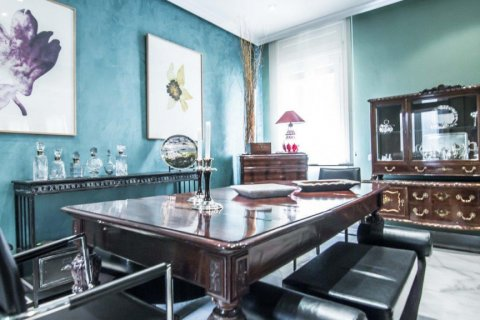 Apartment for sale in Madrid, Spain, 4 bedrooms, 230.00m2, No. 1672 – photo 16