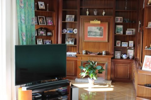 Apartment for rent in Madrid, Spain, 4 bedrooms, 256.00m2, No. 1568 – photo 1