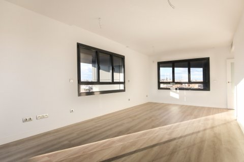 Apartment for sale in Madrid, Spain, 4 bedrooms, 200.00m2, No. 2361 – photo 4