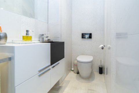 Apartment for sale in Madrid, Spain, 3 bedrooms, 322.00m2, No. 2564 – photo 12