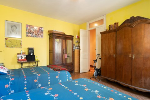 Apartment for sale in Madrid, Spain, 6 bedrooms, 219.00m2, No. 2357 – photo 24