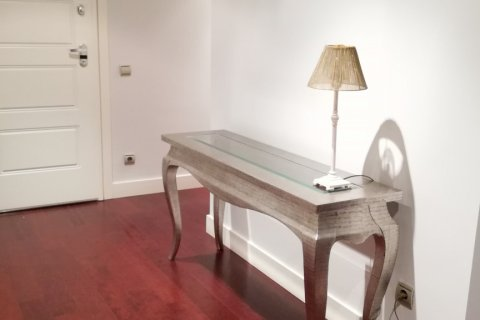 Duplex for rent in Madrid, Spain, 5 bedrooms, 300.00m2, No. 1844 – photo 9