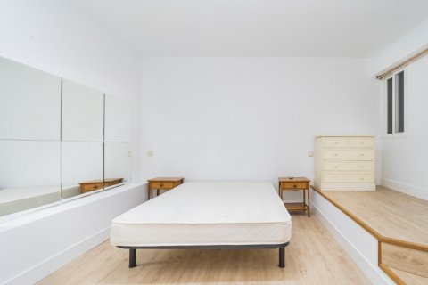 Apartment for sale in Madrid, Spain, 4 bedrooms, 160.00m2, No. 1471 – photo 3